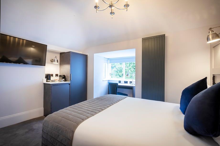 Room 9 | Double Bedroom En-Suite | hipped roof