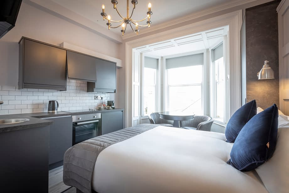 Room 8 | Deluxe Studio Apartment En-Suite | Sea Views of Howth Pier