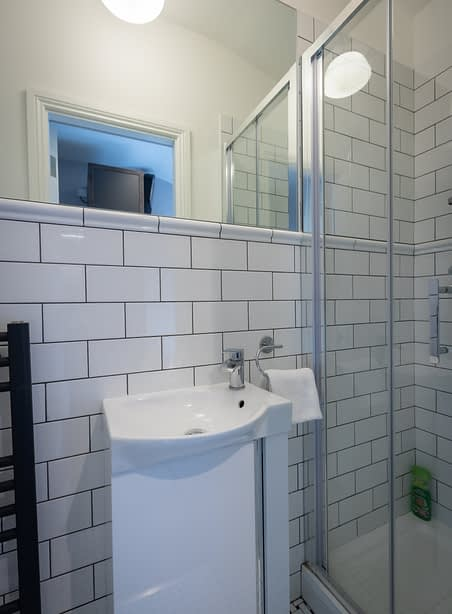 Room 9 | Aungier | Bathroom