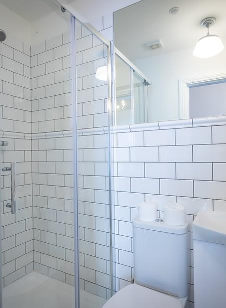 Room 12 | Christchurch | Bathroom